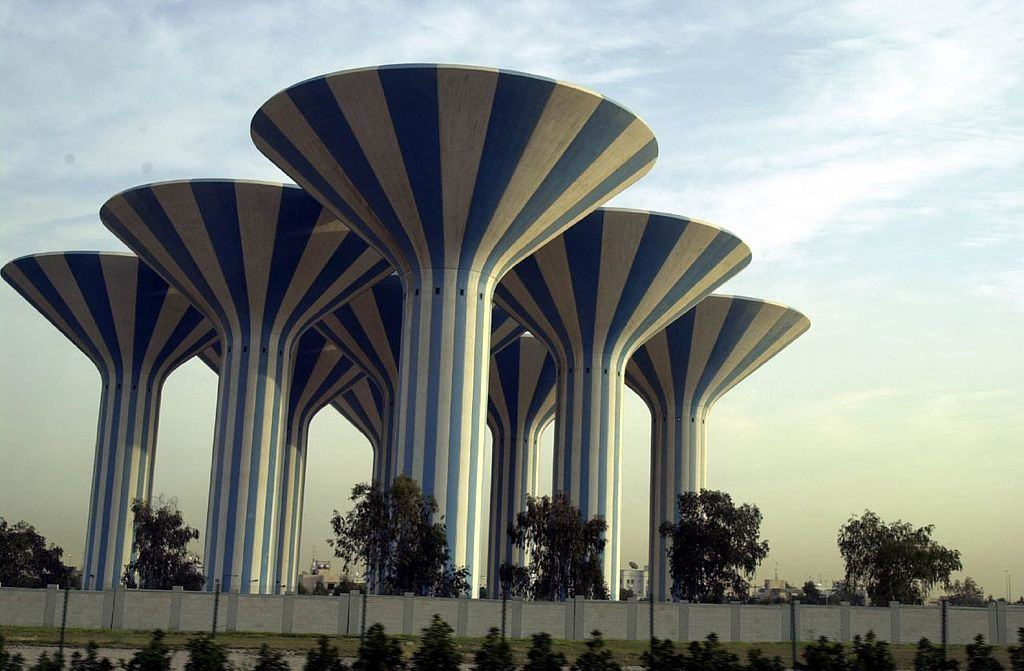 Kuwait_Water_Towers